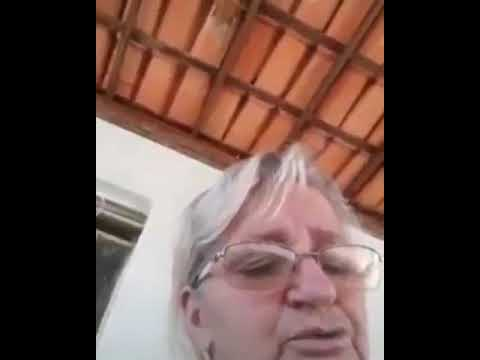 Idosa cantando Hungria  respeita Caraí meme (made in favela)
